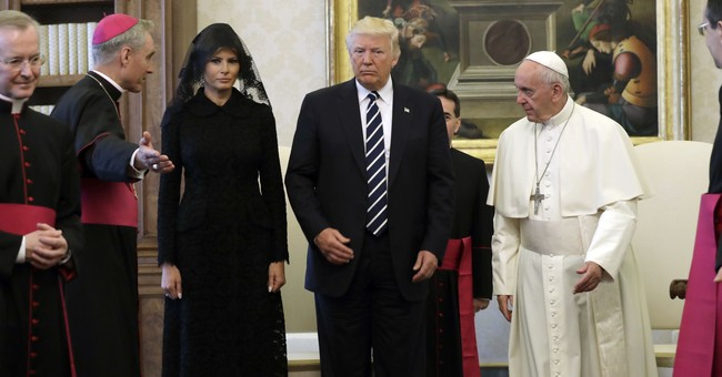 Sean Spicer finally got to meet the pope