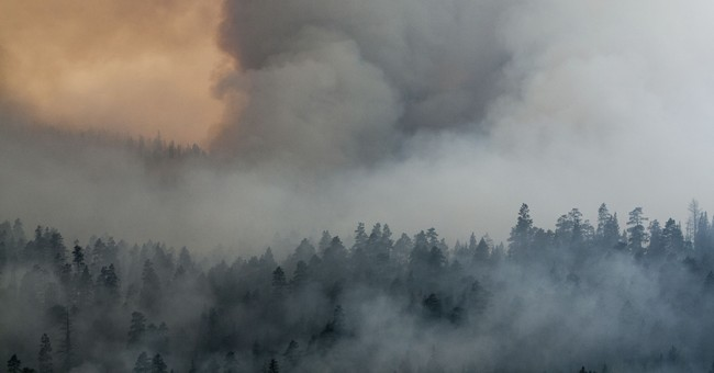 Wildfire forces half of popular Montana town to evacuate