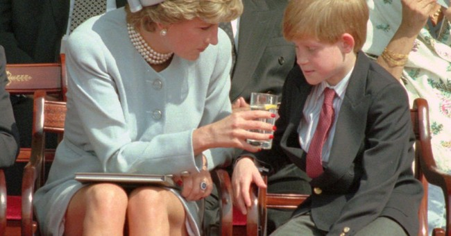 Tiaras, gowns, power suits: Princess Diana's fashion moments