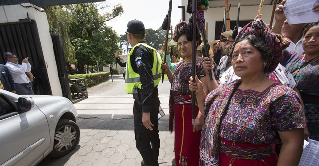 Guatemala leader at crossroads after court blocks expulsion