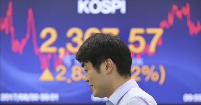 Global stocks higher as investors shrug off Korea tensions
