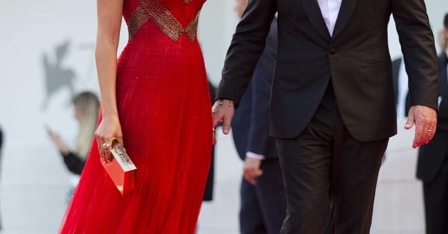 "Matt Damon goes mini in Venice opener ""Downsizing"""