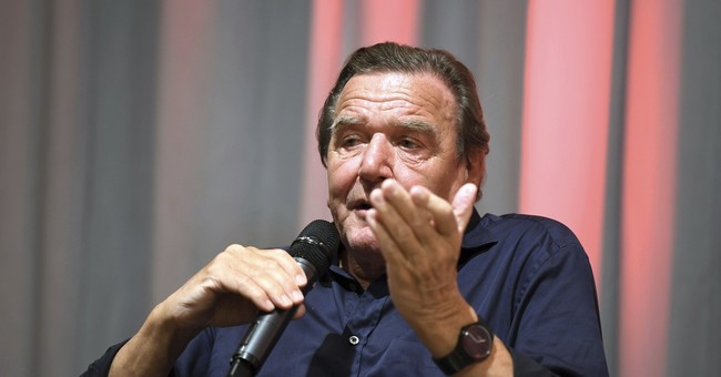 Germany's Schroeder says he'll go ahead with Rosneft plan