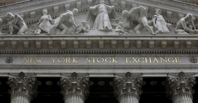 Global stocks advance ahead of US data run