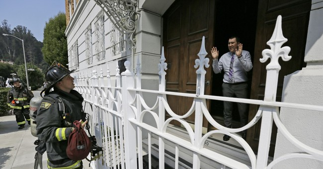 The Latest: San Francisco Russia consulate starts move-out
