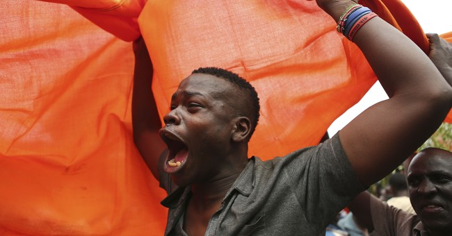 Kenyan court throws out president's win, calls for new vote
