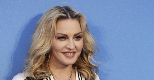 Madonna's headed overseas _ to a new home in Portugal