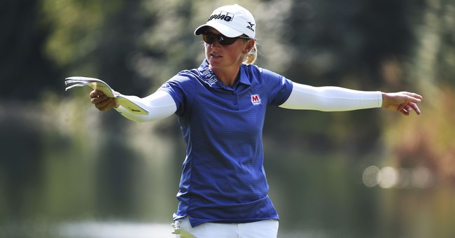 Stacy Lewis wins, gives earnings to hometown relief efforts
