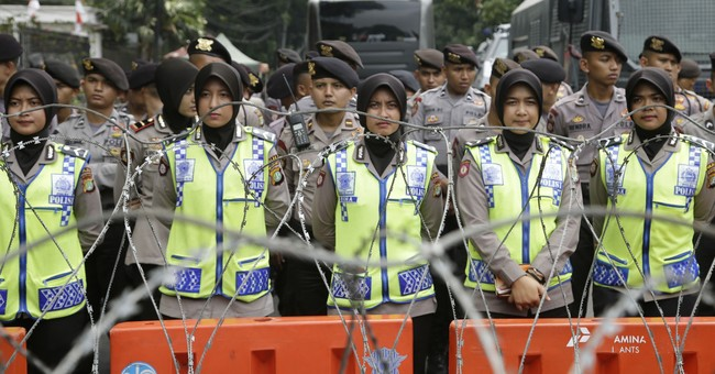 Several thousand join Indonesia protest over Rohingya plight