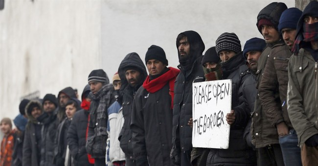 The Latest: Migrants in Serbia protest, urging open borders
