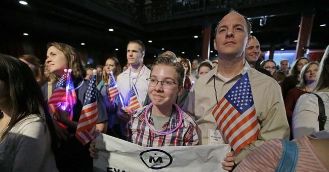 Evan McMullin starts group to serve as Trump watchdog