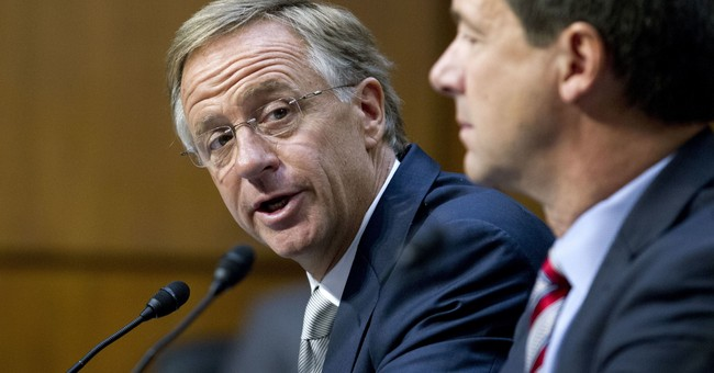 Governors back bipartisan Senate bid to control health costs