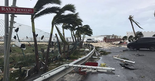 Hurricane Irma slams Turks and Caicos on path to Florida