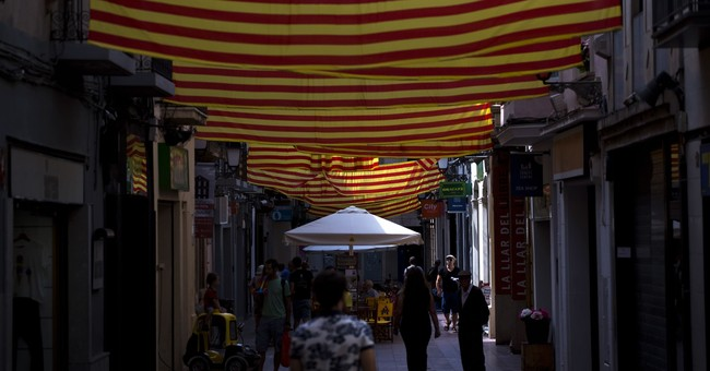 Catalan officials defy Madrid on independence vote