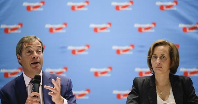 Ex-UKIP head Farage would take Merkel over Schulz