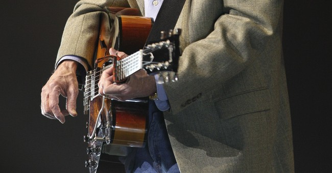 Correction: Obit-Don Williams story