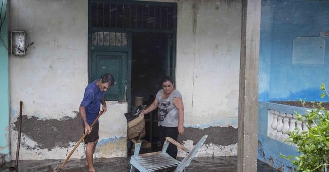 Waves from Irma flood Havana coast even as storm moves away