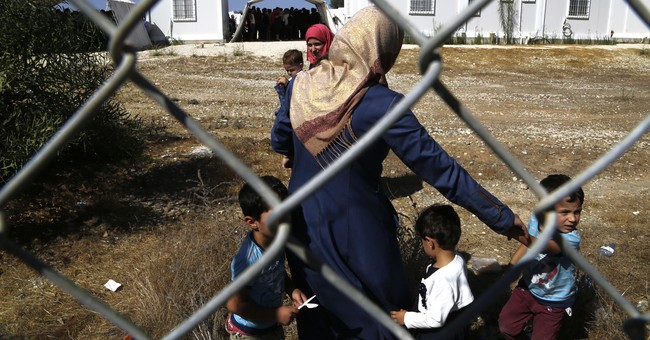 305 Syrian migrants reach Cyprus; 313 are stopped in Turkey