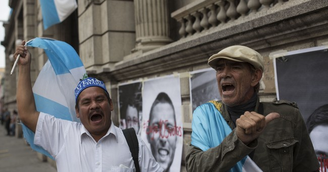 Guatemala congress rejects lifting president's immunity