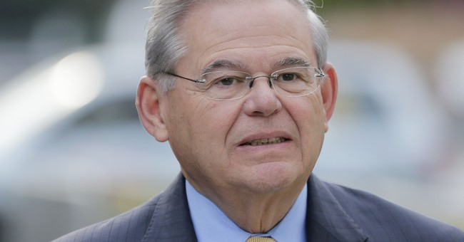 Menendez's corruption trial resumes with FBI agent testimony