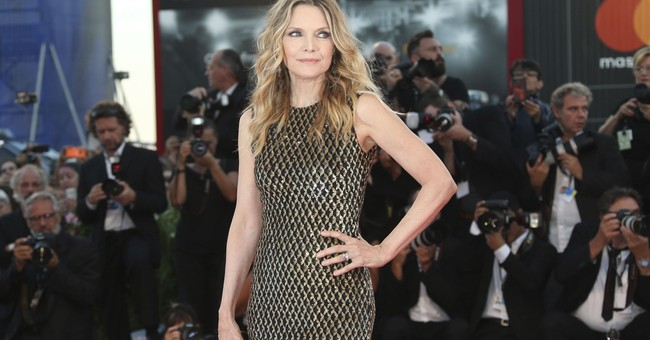 After a hiatus, Michelle Pfeiffer returns in 'mother!'