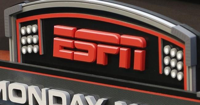 Awkward 'MNF' debut makes ESPN's Sergio Dipp an online star