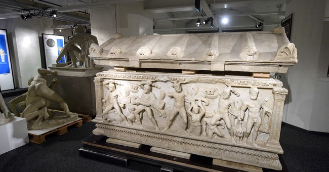 Swiss send 2nd-century coffin depicting Hercules to Turkey