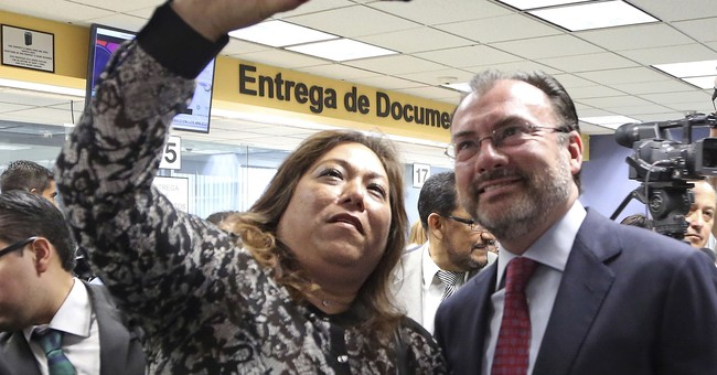Mexico takes steps to ease return of young immigrants