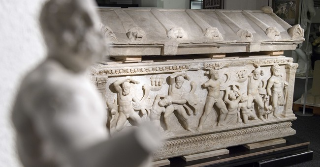 Swiss send 2nd-century coffin depicting Hercules to Turkey