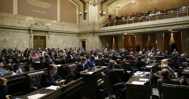 Lawsuit by AP, others seeks emails from Washington lawmakers