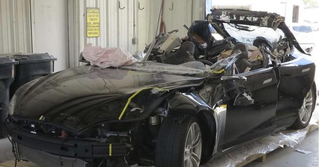 Investigators cite Tesla Autopilot limits in fatal crash