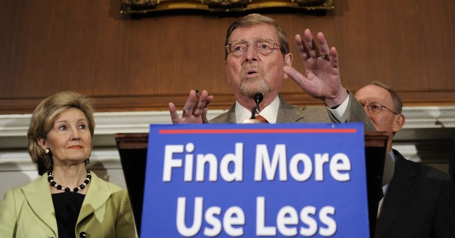 Late GOP Sen. Domenici had close immigration link _ his mom