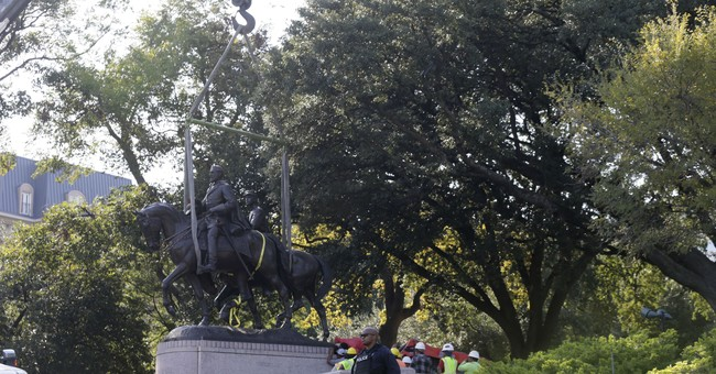 Statue of Gen. Robert E. Lee removed from Dallas park