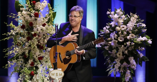 Stars honor country singer Troy Gentry at Opry memorial