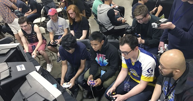 At more US colleges, video gamers get the varsity treatment