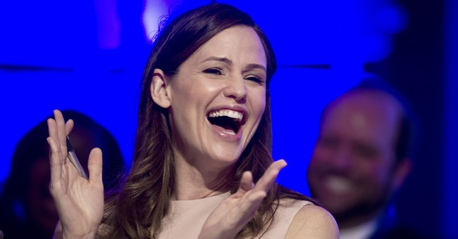 Jennifer Garner posts laughing gas video after dental work