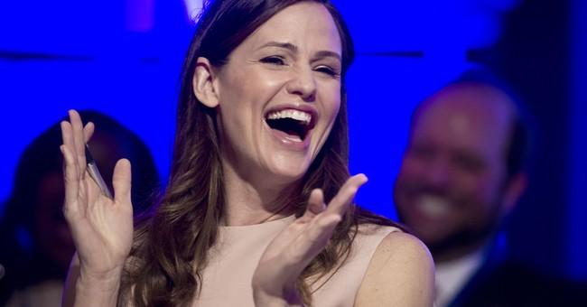 Jennifer Garner posts laughing gas video after dental work