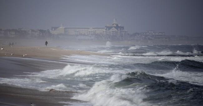 Northeast US marinas, coastal dwellers cast wary eye on Jose