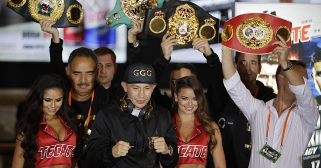 Viva Las Vegas as celebs pack Sin City for Mexican holiday