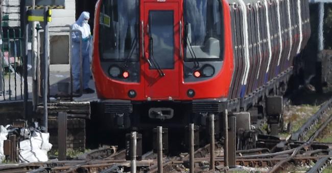 UK makes 'significant' bomb arrest but attack seen imminent