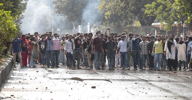 Police in Bangladesh clash with protesters over power plant