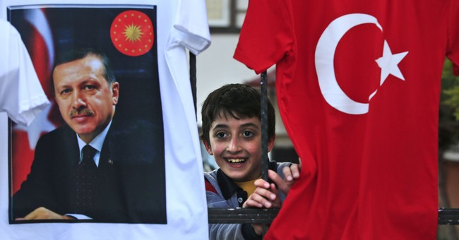 Uproar in Turkey over removing evolution from biology class
