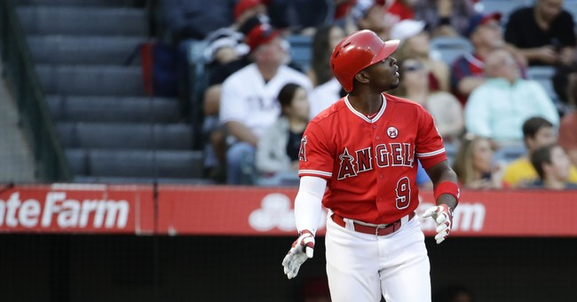 Upton 2 HRs, Angels gain in wild-card race, beat Rangers 2-0