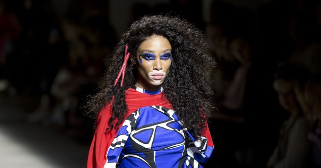 Armani, Versace add Italian glitz to London Fashion Week