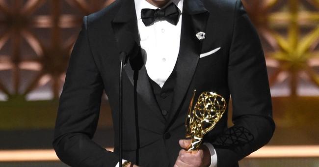Emmy audience adores Parton, Fonda and Tomlin Emmy reunion