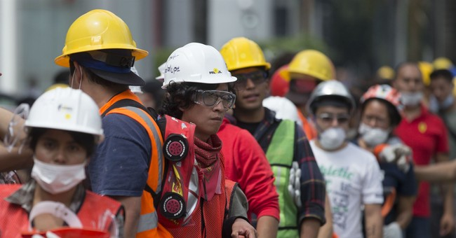 Young Mexicans at heart of earthquake recovery