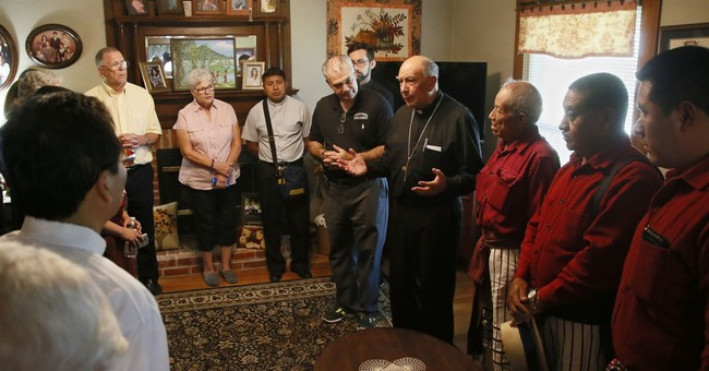 Guatemalans travel to Oklahoma to honor 1st US martyr