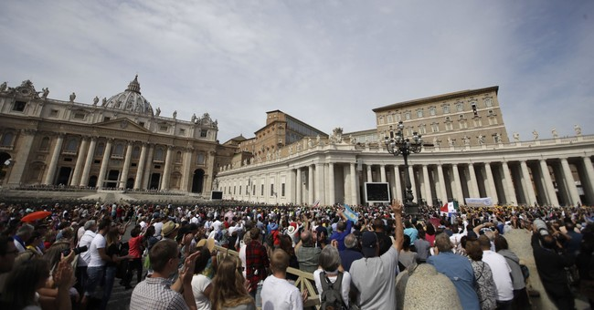 Vatican denounces ousted auditor who says he was forced out