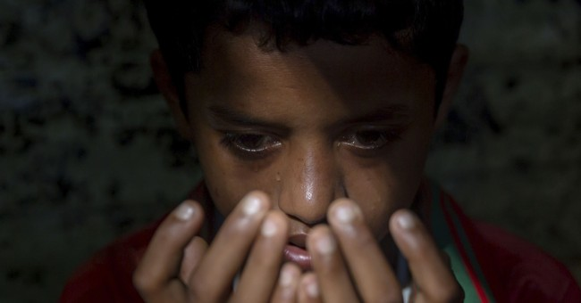 AP PHOTOS: Rohingya cry for 'motherland' at refugee camp