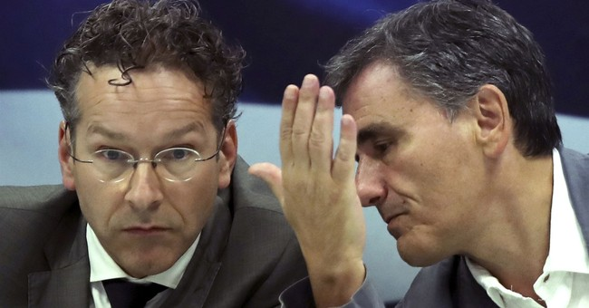 Top eurozone official: Greece needs 'clean' bailout exit